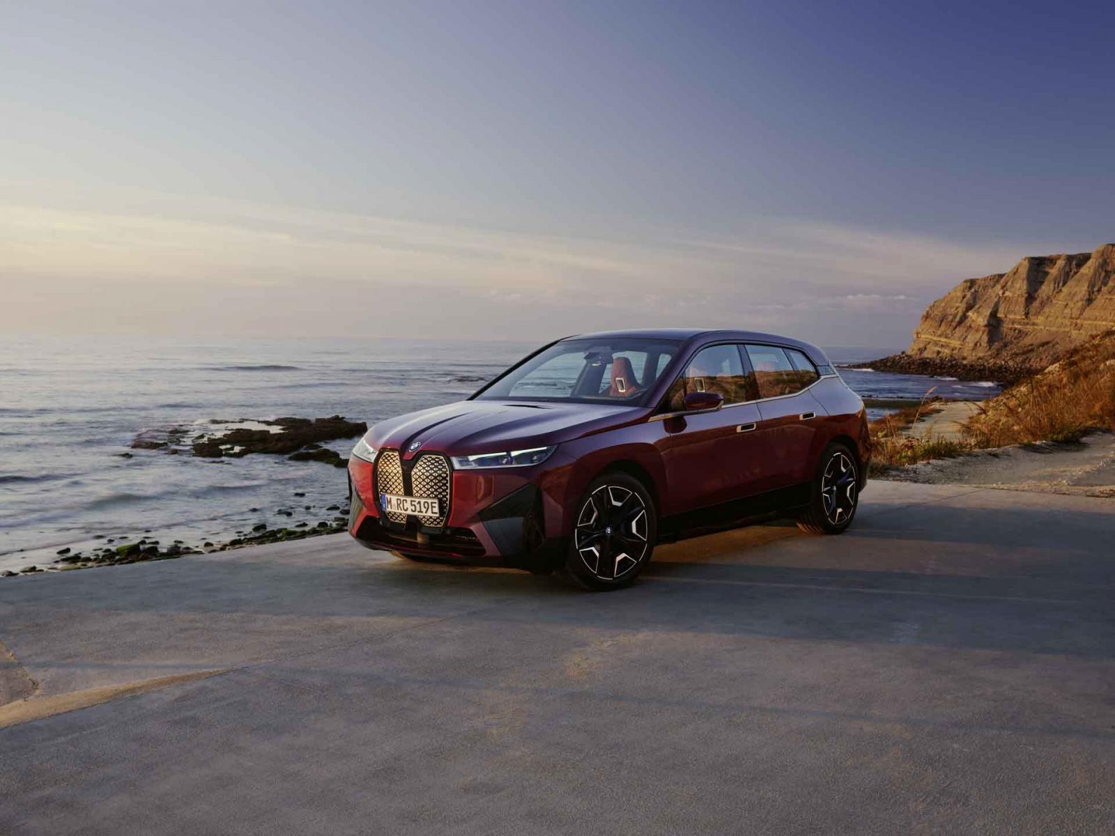 全新BMW iX與BMW i4台灣線上預購啟動